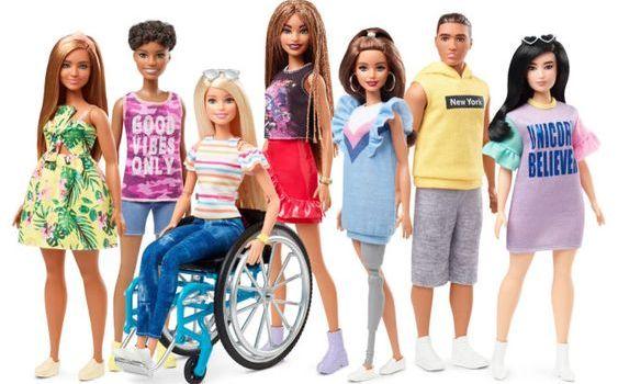 Anche Barbie è inclusiva: ecco le bambole disabili