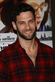 Justin Bartha Red Carpet 2