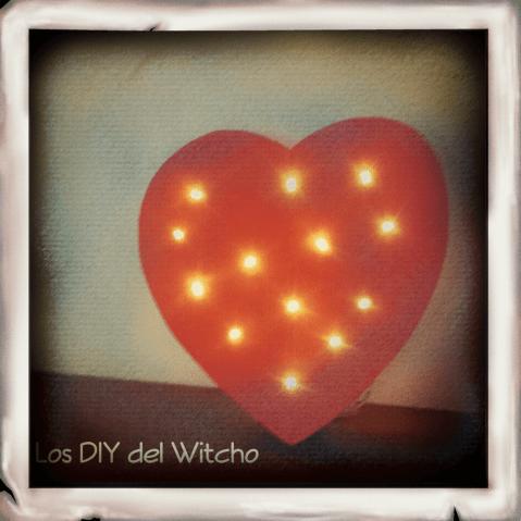 DIY...Cómo hacer corazón luminoso para San Valentín reciclando cartones