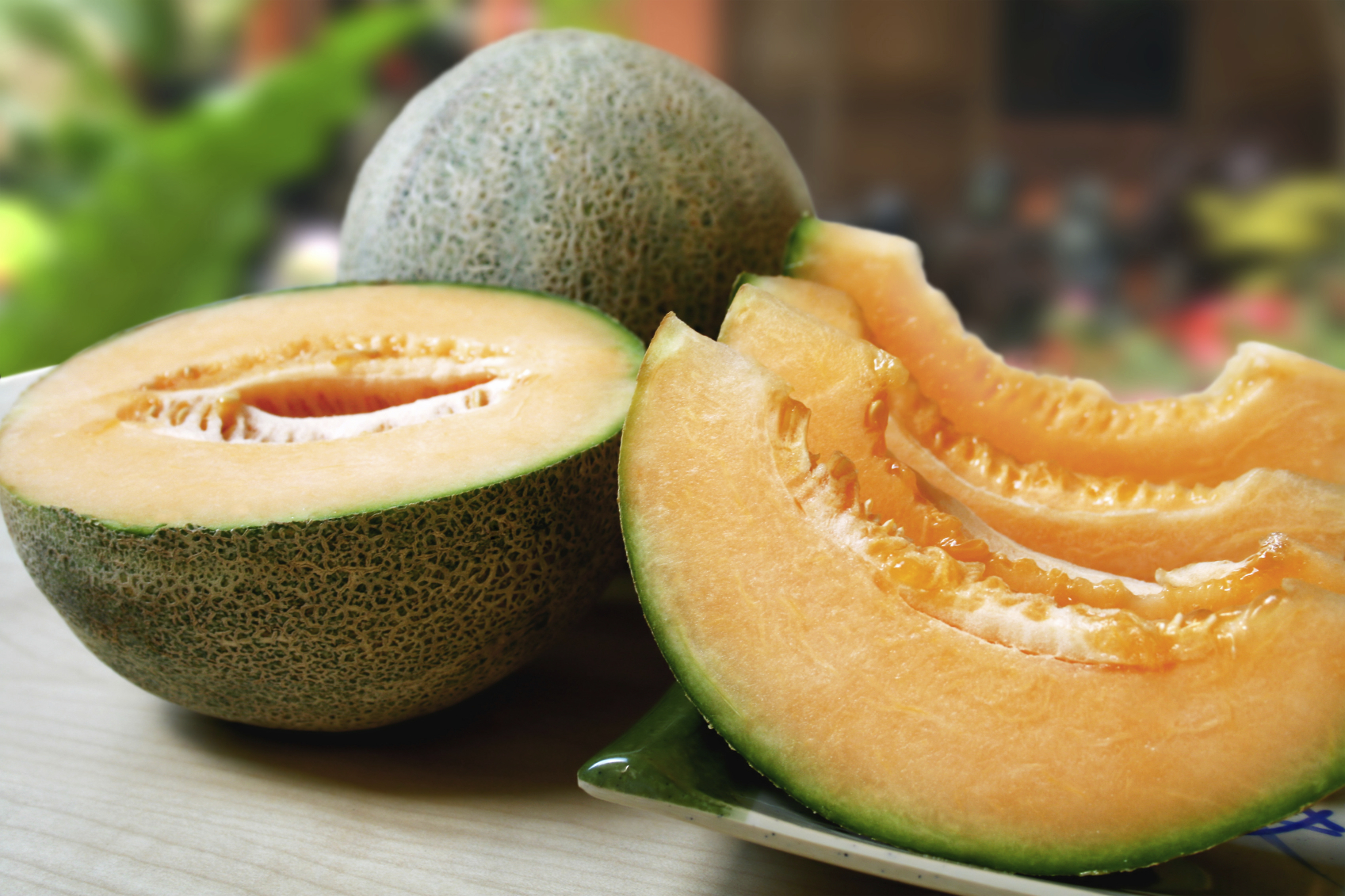 The question of filling: melon - a berry or a fruit
