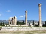 Panorámica del Templo de Zeus, con una de las columnas que cayó con mucho estilo ;)
