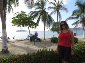 Paseando por El Camellón, el paseo marítimo de la bahía de Santa Marta