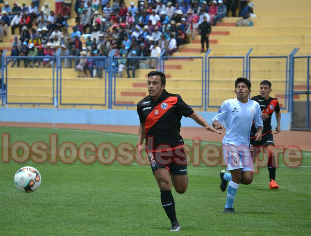Deportivo  Municipal cayó 2-0 en Sicuani. Foto: LOSLOCOSDESIEMPRE.COM/Raúl Oscco