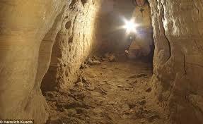 ¿Túneles bajo las Pirámides?