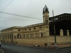 La stazione ferroviaria di Asuncion, in Paraguay