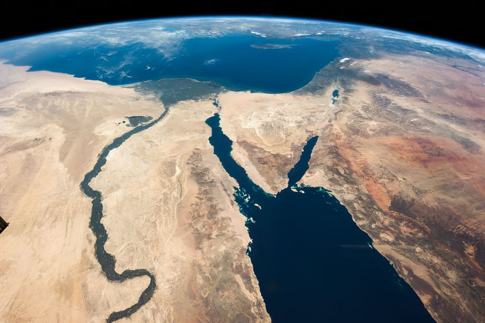 1280px-ISS035-E-007148_Nile_-_Sinai_-_Dead_Sea_-_Wide_Angle_View.jpg