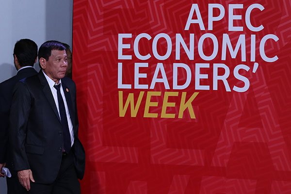 Duterte-APEC.jpg