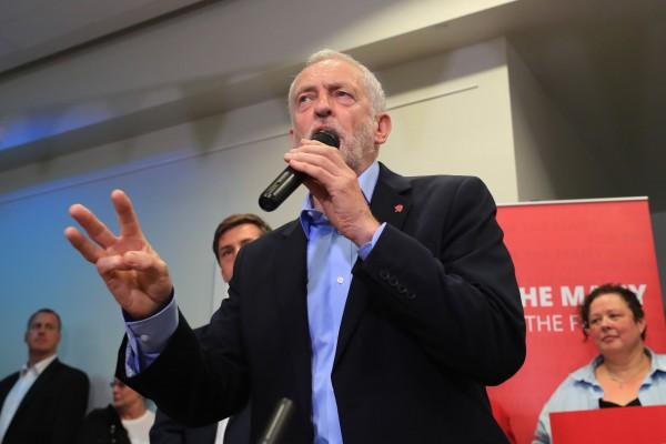 elezioni - UK - GB - 2017 - Laburisti - Jeremy Corbyn - programma - Brexit
