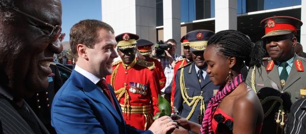 Официальная церемония встречи президента России Дмитрия Медведева