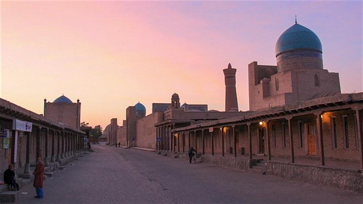 Uzbekistan-Bukhara-Kalon-Minaret_cs
