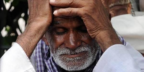 contadini_suicidi_india1