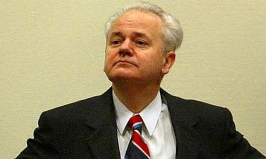 Slobodan-Milosevic-e-pericoloso-anche-da-morto