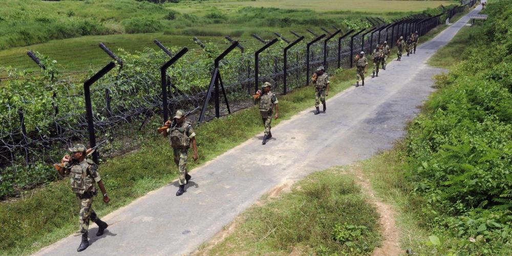 o-INDIA-BANGLADESH-BORDER-FENCE-facebook