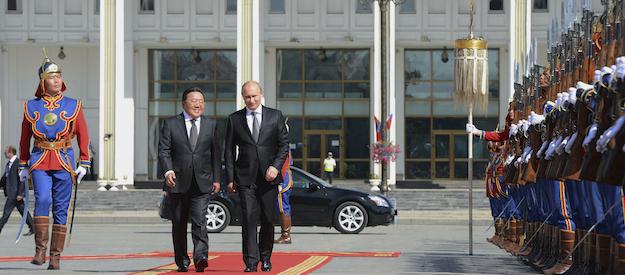 Vladimir Putin, Elbegdorj Tsakhia