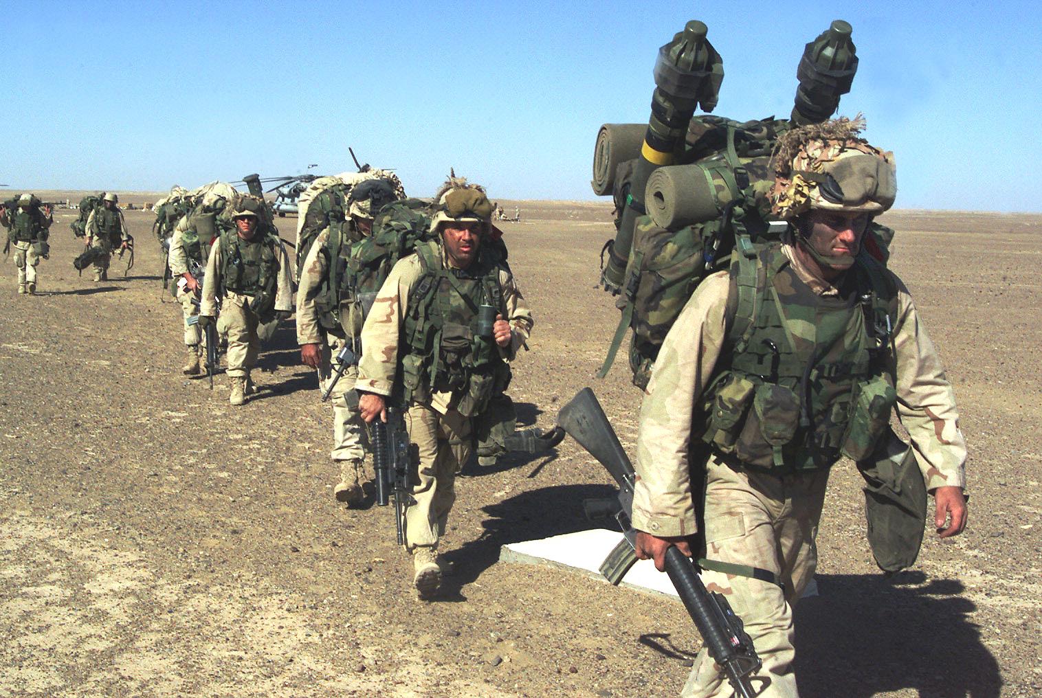 U.S._Marines_humping_in_Afghanistan,_November_2001.jpg