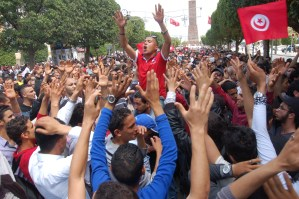 Lavoro, libertà, dignità: la Tunisia torna in piazza