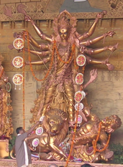durga-idol-golden