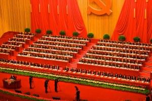 Il potere nelle mani di Xi: il quarto Plenum