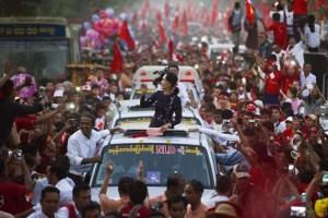 Il potere militare nella fragile democrazia in Myanmar