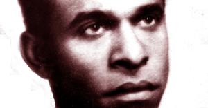 """Chi era Frantz Fanon e come è riuscito a """"decolonizzare"""" la divisione tra bianco e nero"""