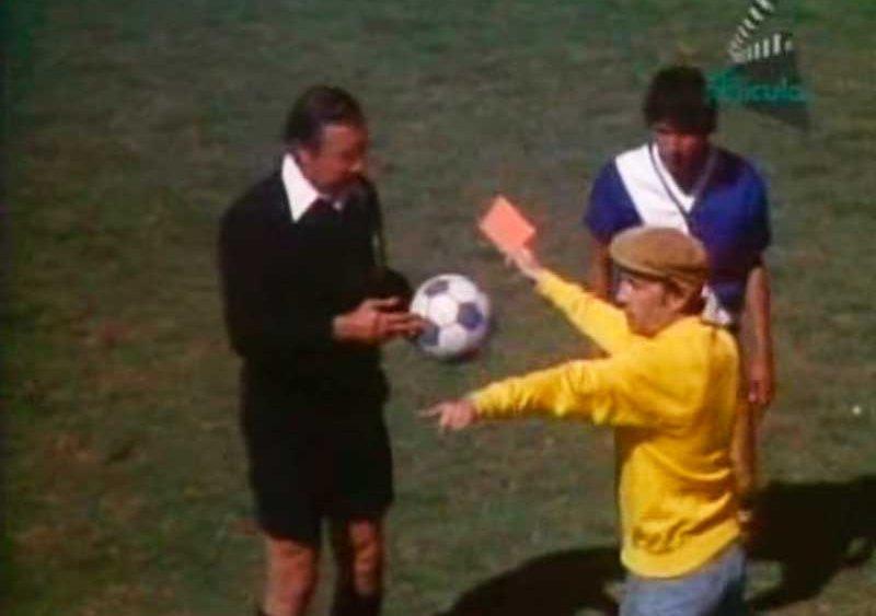 el-arbitro-peruano-al-que-chespirito-invito-a-su-p_wboeflc-jpg_1000x563