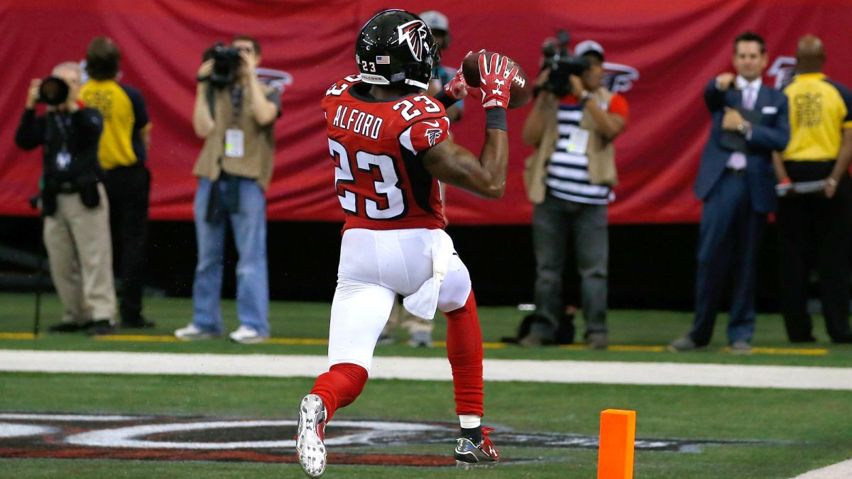 Robert Alford renov³ contrato con los Atlanta Falcons