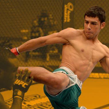 México necesita ganar en UFC