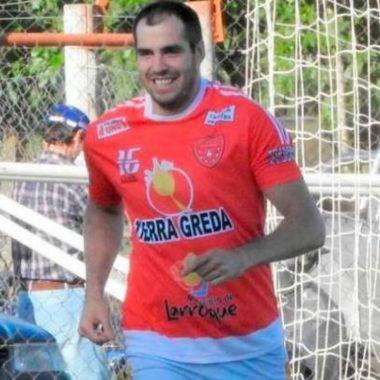 futbolista, salva vida, sobrino, transplante, se retira, hígado, Alejandro Benítez, Quinta División, Argentina