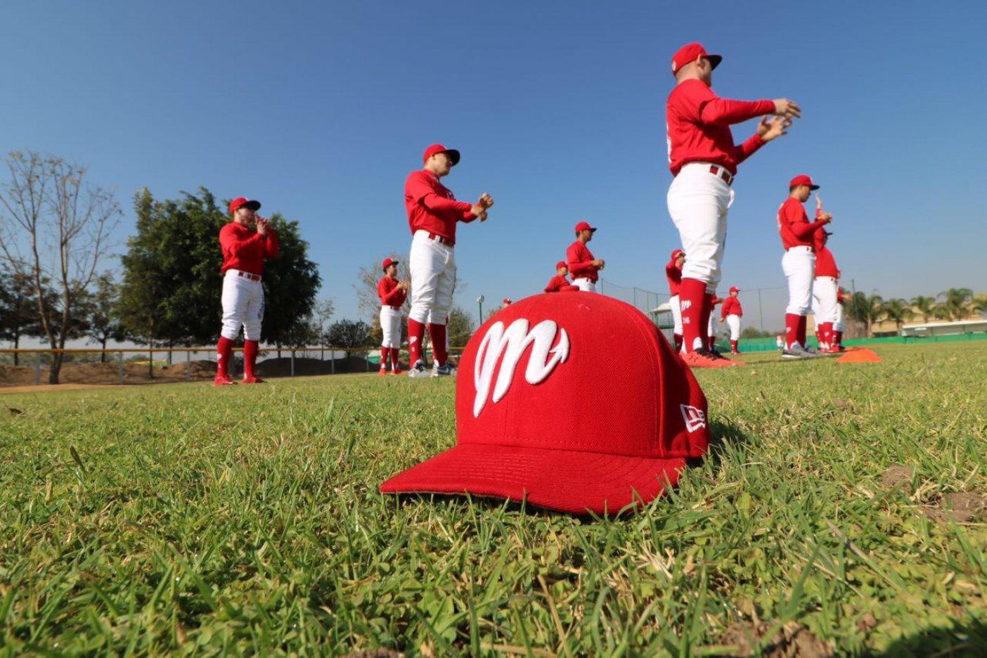 Diablos Rojos Luis Verdugo joven firma Chicago Cubs