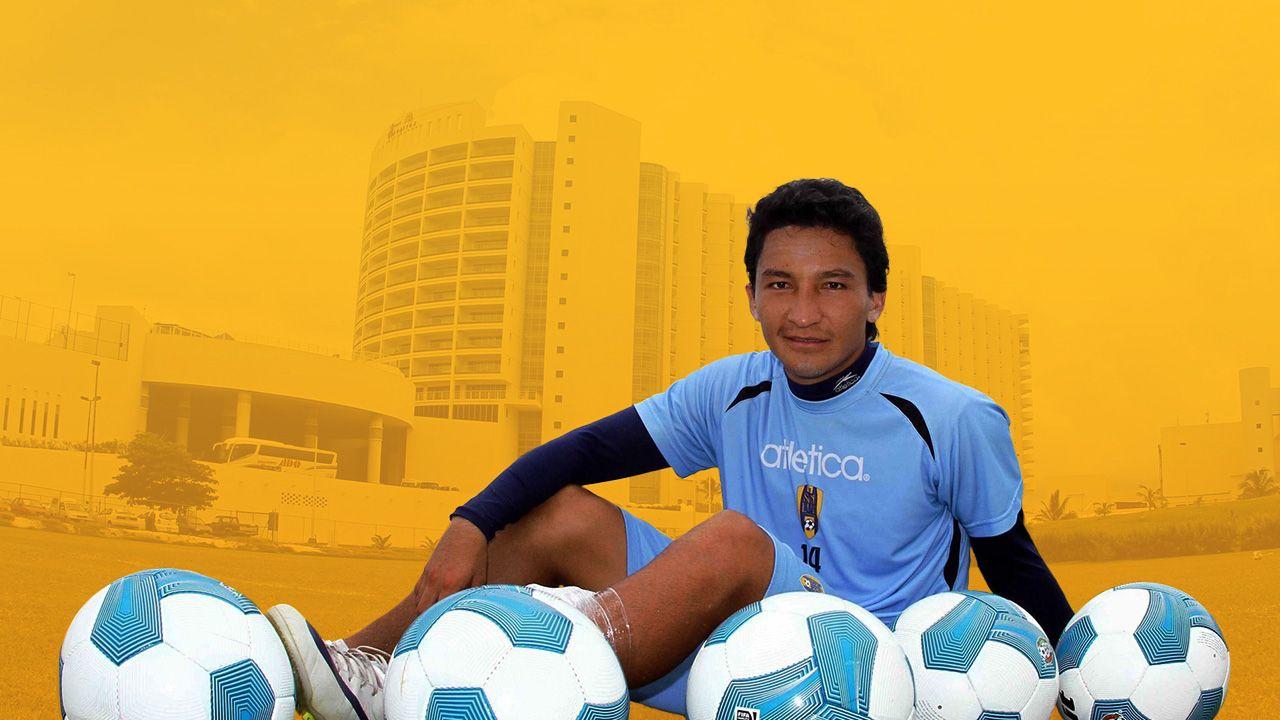 César Villaluz, Ascenso, Carrera, sustituto, Aficionados, fotos, no es la estrella, Cruz Azul, sub-17