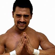 Garza jr golpea aficionado Mexicali The Crash