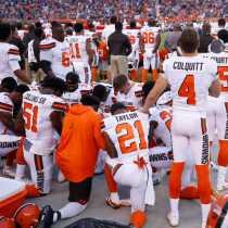 Cleveland Policía Protesta Browns NFL Sindicato