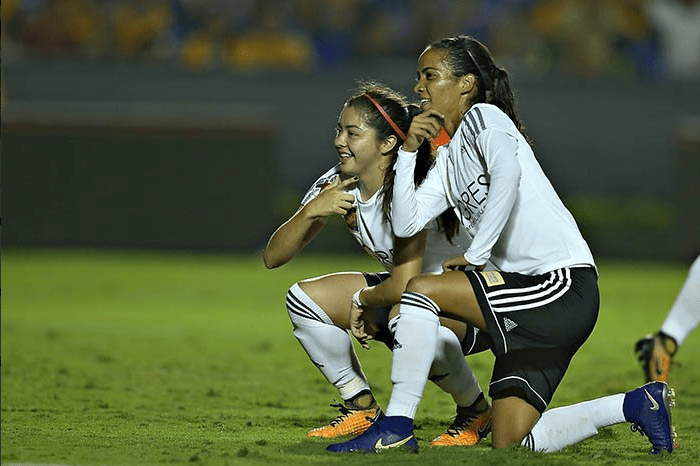 Liga MX Femenil Clásico Regio Tigres Monterrey Nayeli Rangel Katty Martínez