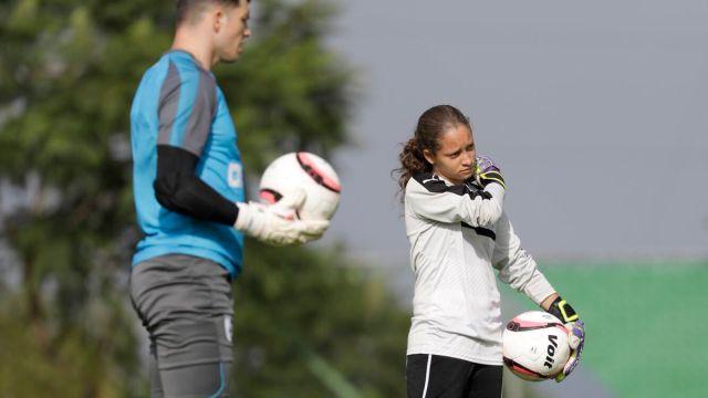 portera, Camila Franco, entrena, equipo varonil, Querétaro, titular, Liga MX femenil