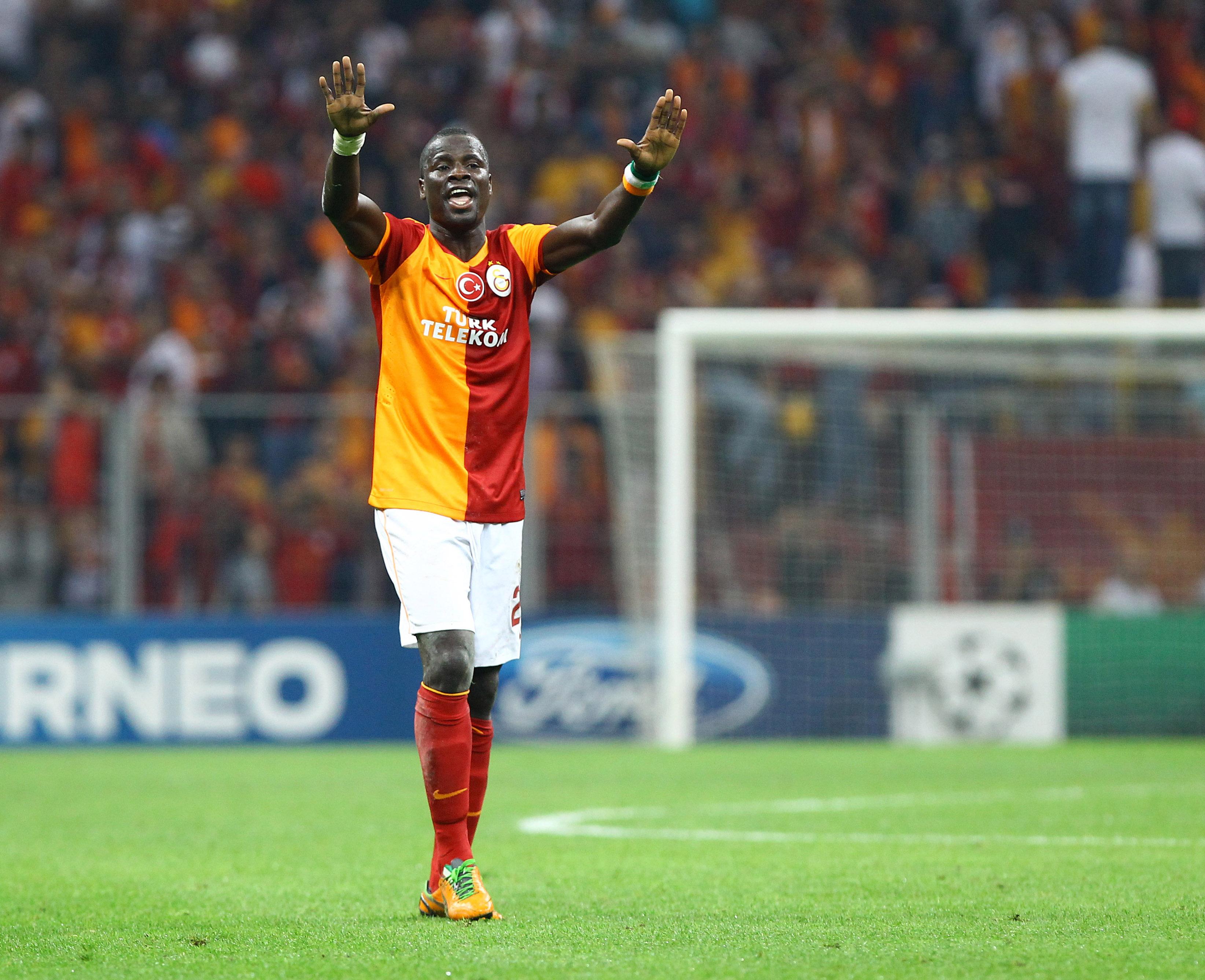 Emmanuel Ebué, sospechan, VIH, exámenes médicos, cancela, traspaso, futbol, Chipre