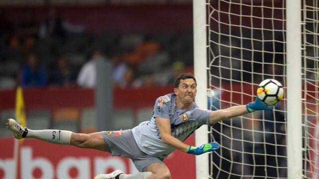 Agustín Marchesín Super Campeones América Richard Tex Tex .jpg