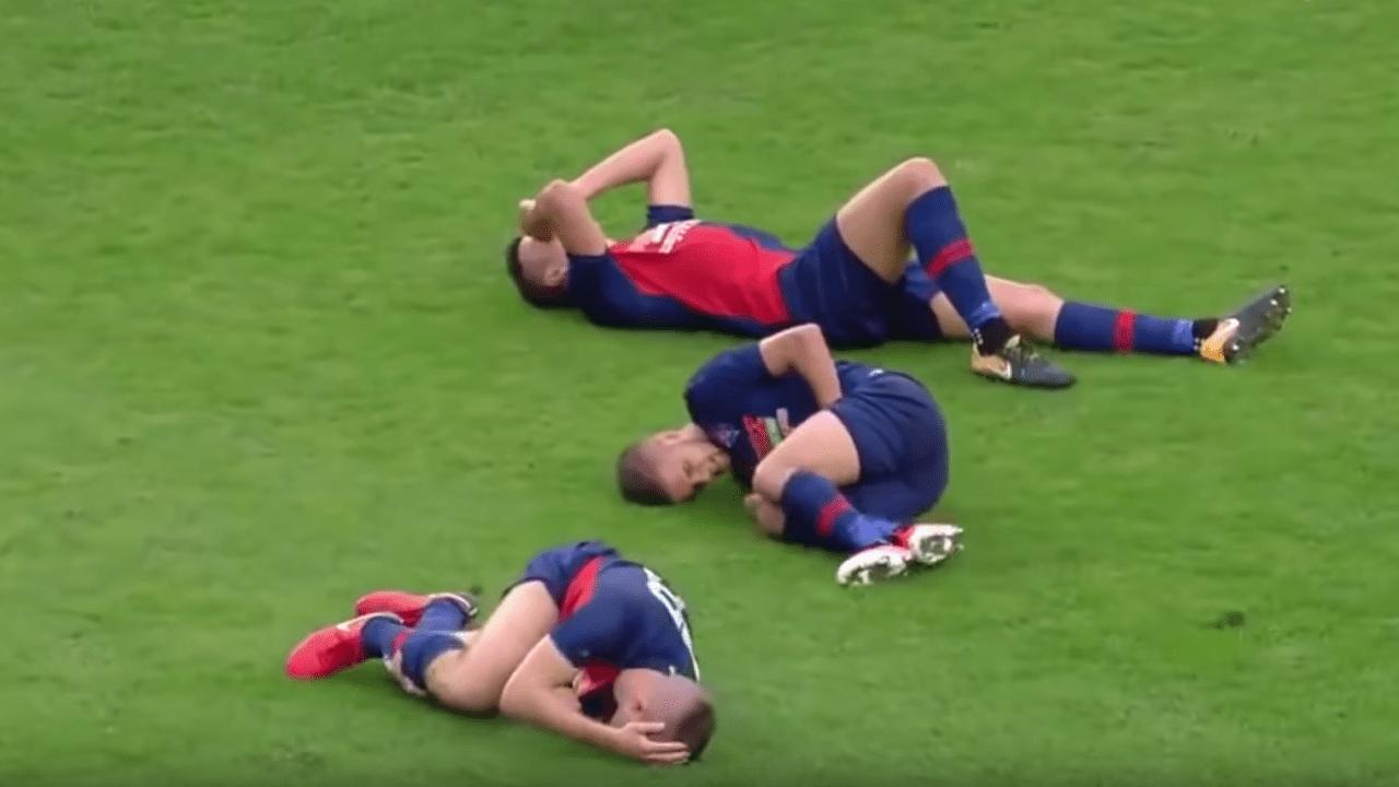 Futbolistas mismo equipo lesionan una sola jugada Hungría