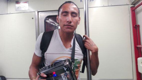 Alejandro Pacheco Atleta Ciego Invidente Metro CDMX