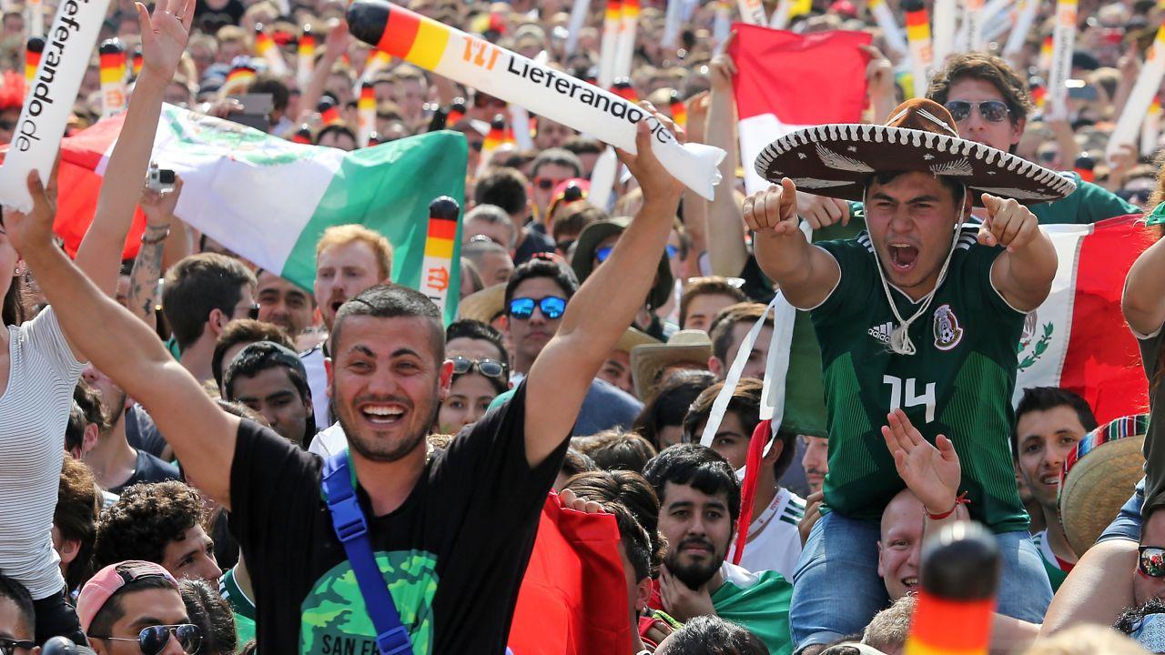 Aficionado Mexicano Cambio Celular Boleto iphone Selección Mexicana