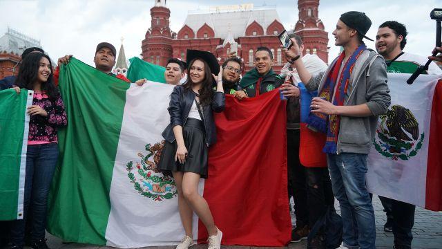 Aficionados Mexicanos Acabaron Cervezas Mundial Rusia Los Pleyers