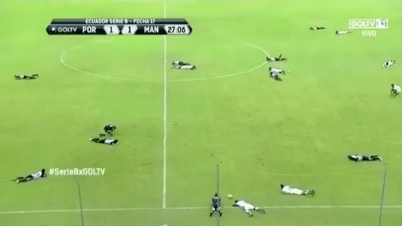 Abejas Atacan Futbolistas Segunda División Ecuador