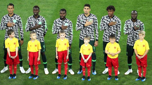 A qué hora juega Nigeria Islandia