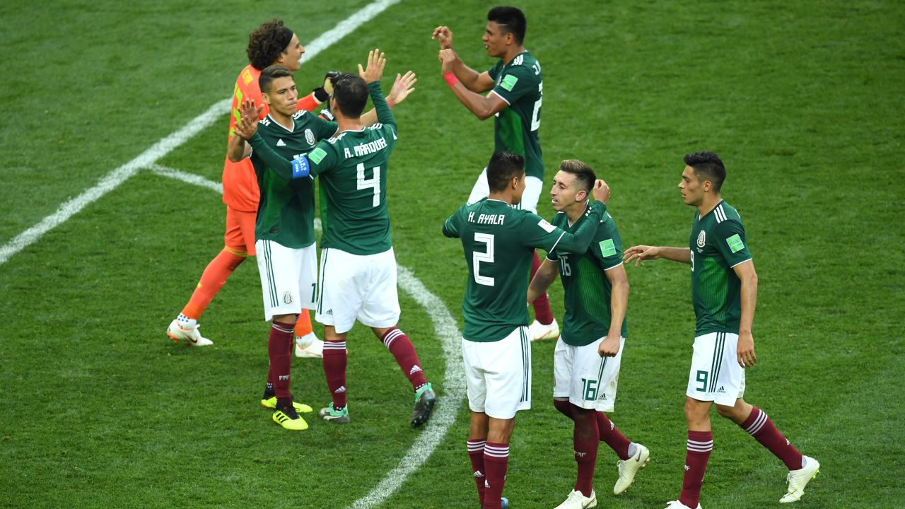 MOSCOW, RUSSIA - JUNE 17: Mexico players celebrates victory following the 2018 FIFA World Cup Russia group F match between Germany and Mexico at Luzhniki Stadium on June 17, 2018 in Moscow, Russia. (