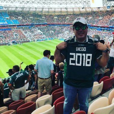 Aficionado mexicano cumple el sueño de su familia fallecida  y viaja al Mundial Rusia 2018