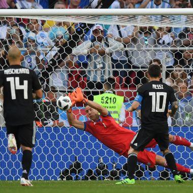 Hannes Halldórsson, Hannes Halldórsson Penal Lionel Messi, Hannes Halldórsson Rusia 2018, Hannes Halldórsson Lionel Messi