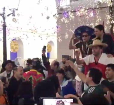 Cantan Adiós Amor Todo Pulmón Tono Dolido Calles Rusia, Aficionados Mexico Rusia 2018, Aficionados México Mundial Rusia, Rusia 2018