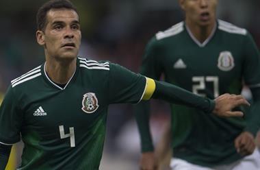 Cálida despedida para Rafa Márquez en su último partido en el Azteca