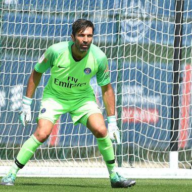 Gianluigi Buffon Debut PSG Goliza Pretemporada