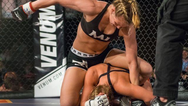 Andrea Lee, Violencia Doméstica, Peladora, UFC