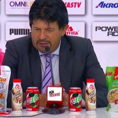 Liga MX enseñará a Chivas a mostrar patrocinadores en conferencias